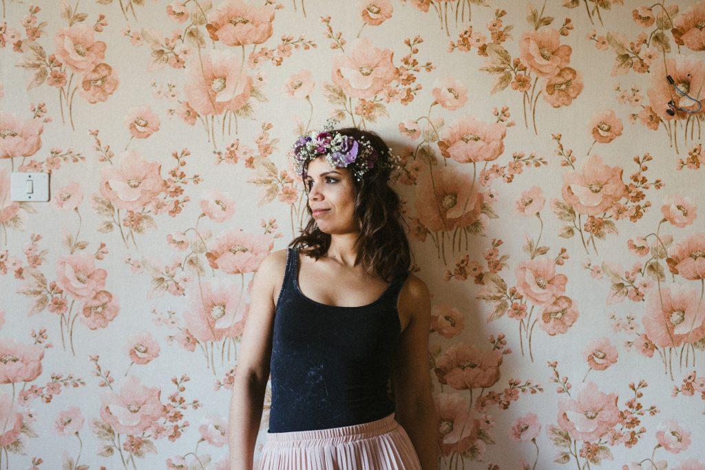tapisserie-vintage-femme-fleurs