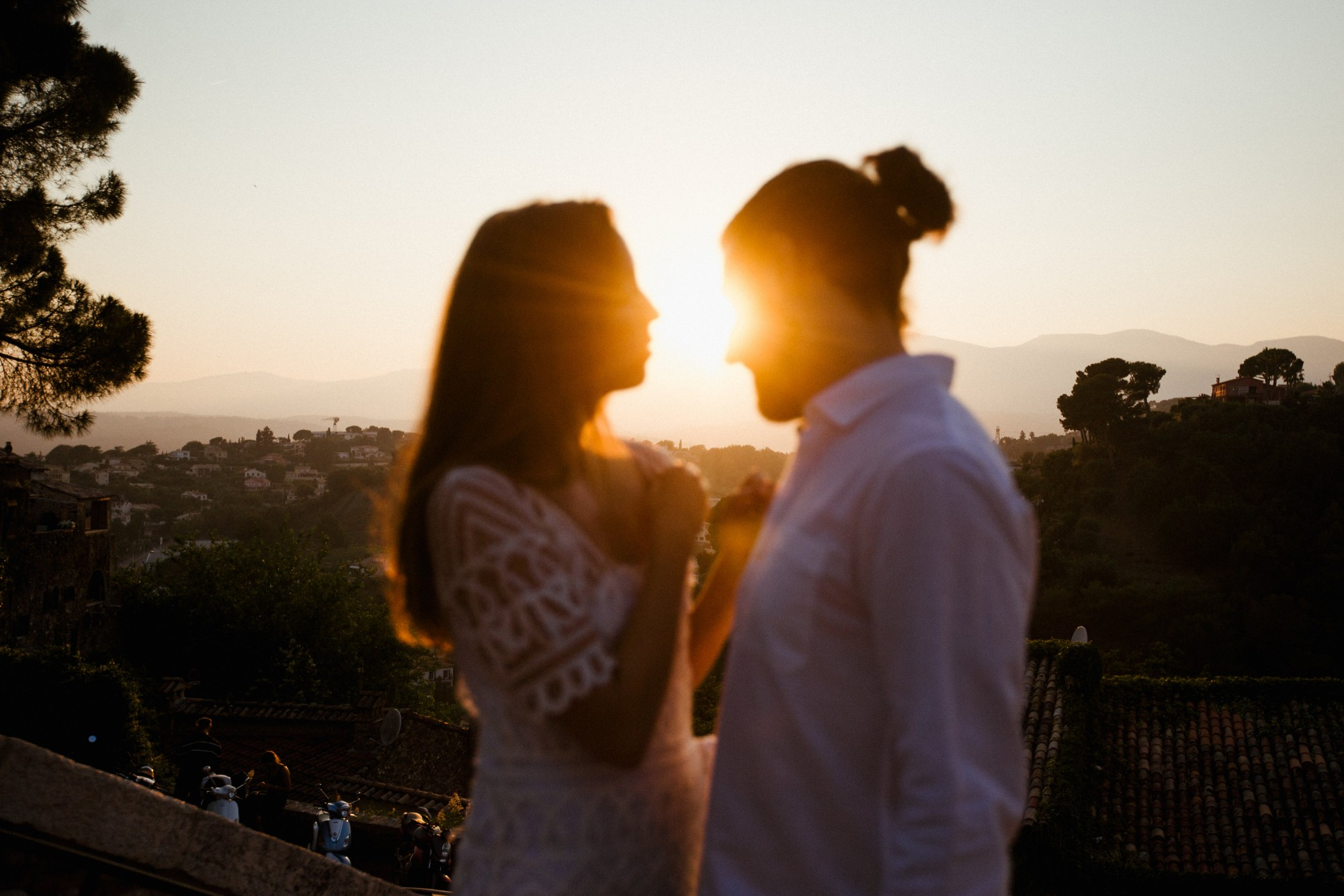 sunset-couple-love